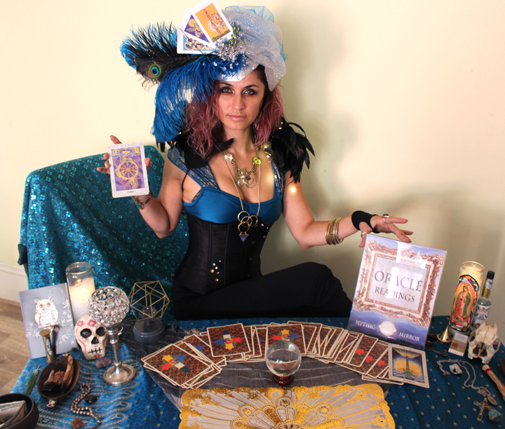 Fortune teller oracle Tarot reader for events by www.catalystarts.com