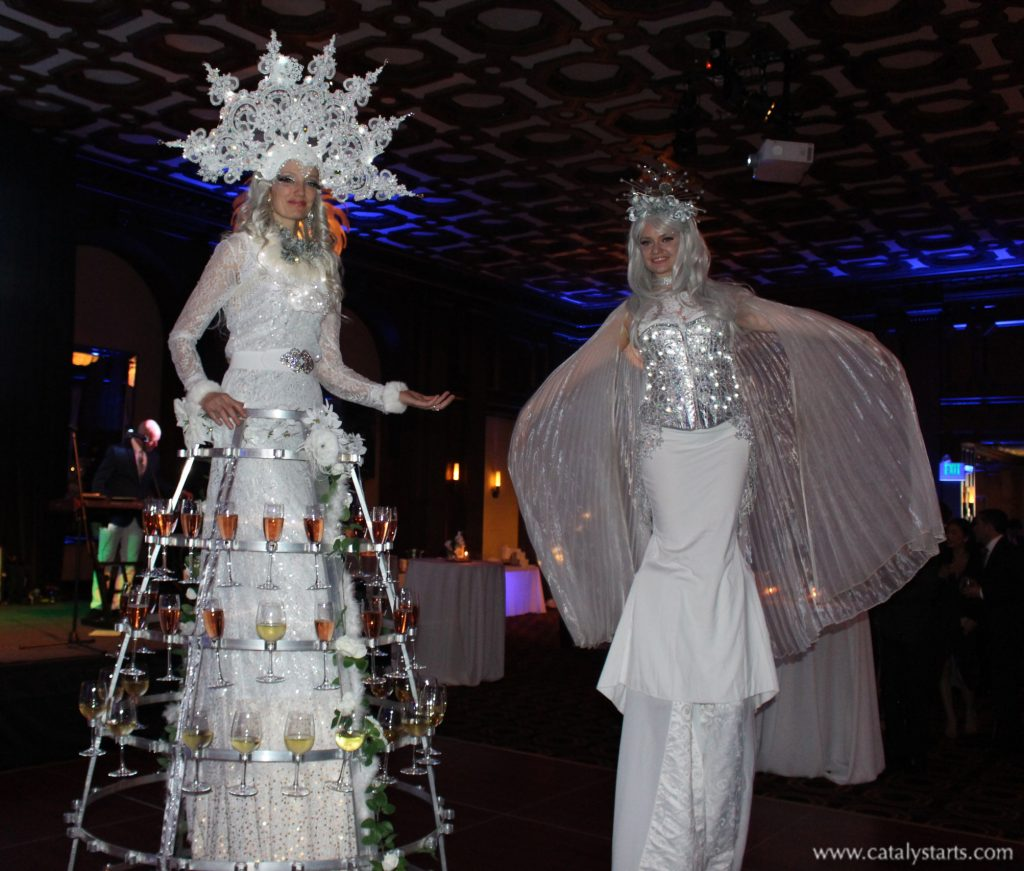 Winter Wonderland Stilt Walker by Catalyst Arts Entertainment in California - www.catalystarts.com