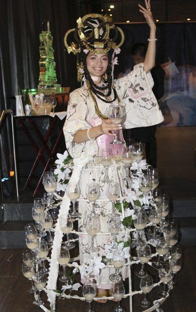 Geisha_Sake_Skirt